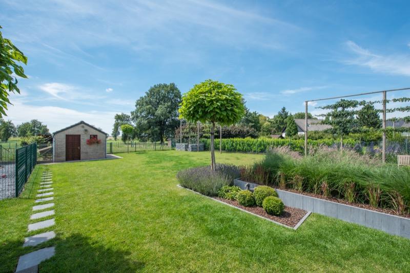 Paysagiste jardin li ge cr ation de jardins fl malle for Entretien jardin waremme